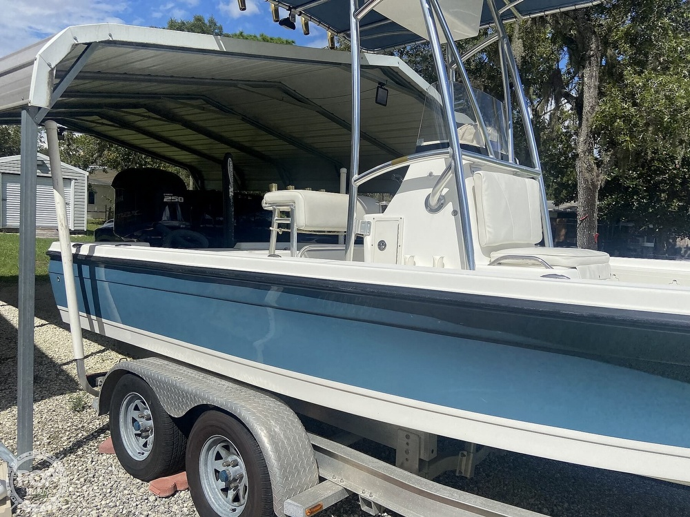 2007 Century boat for sale, model of the boat is 2202 Bay & Image # 12 of 41