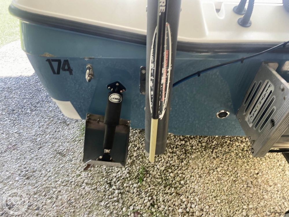 2007 Century boat for sale, model of the boat is 2202 Bay & Image # 26 of 41