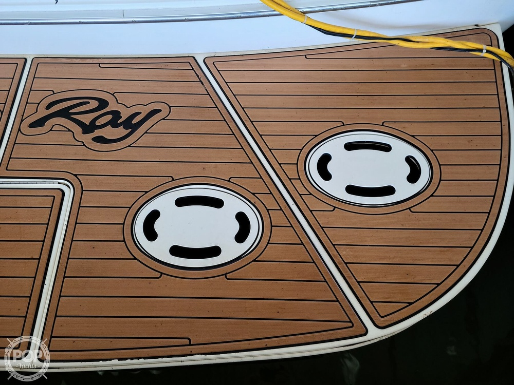 2001 Sea Ray boat for sale, model of the boat is 380 sundancer & Image # 34 of 40