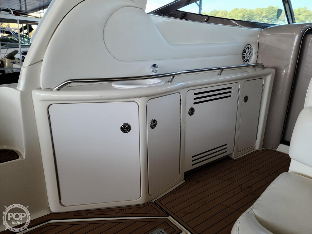 2001 Sea Ray boat for sale, model of the boat is 380 sundancer & Image # 9 of 40
