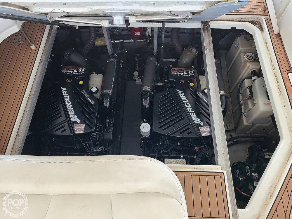 2001 Sea Ray boat for sale, model of the boat is 380 sundancer & Image # 10 of 40
