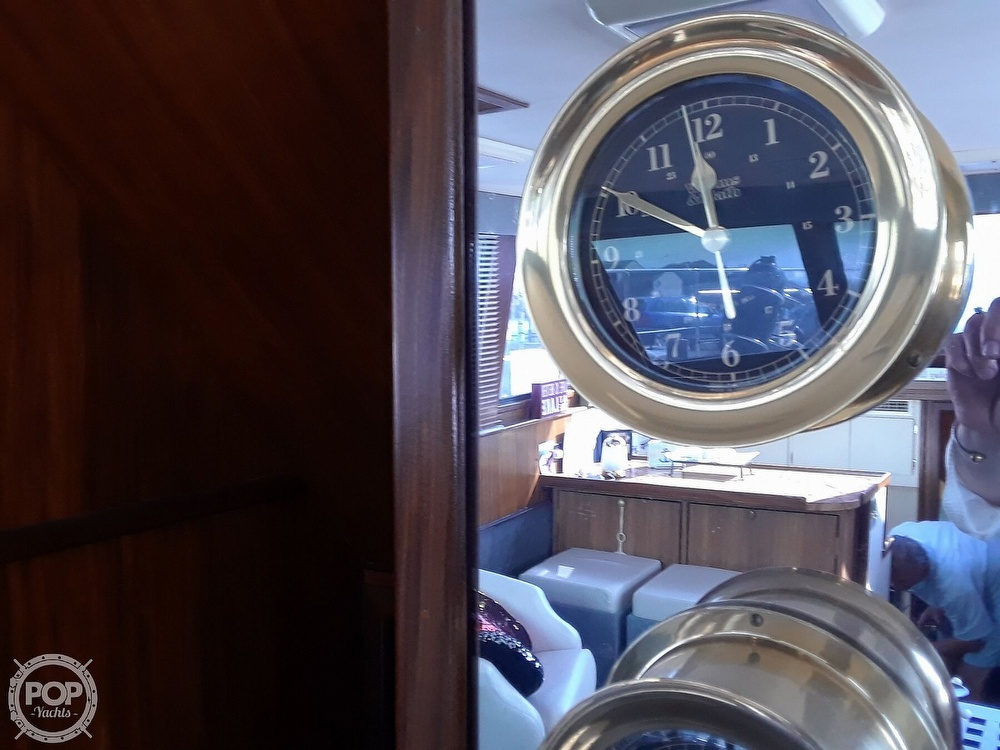 1988 Hatteras boat for sale, model of the boat is 40 Dual Cabin Motor Yacht & Image # 13 of 40
