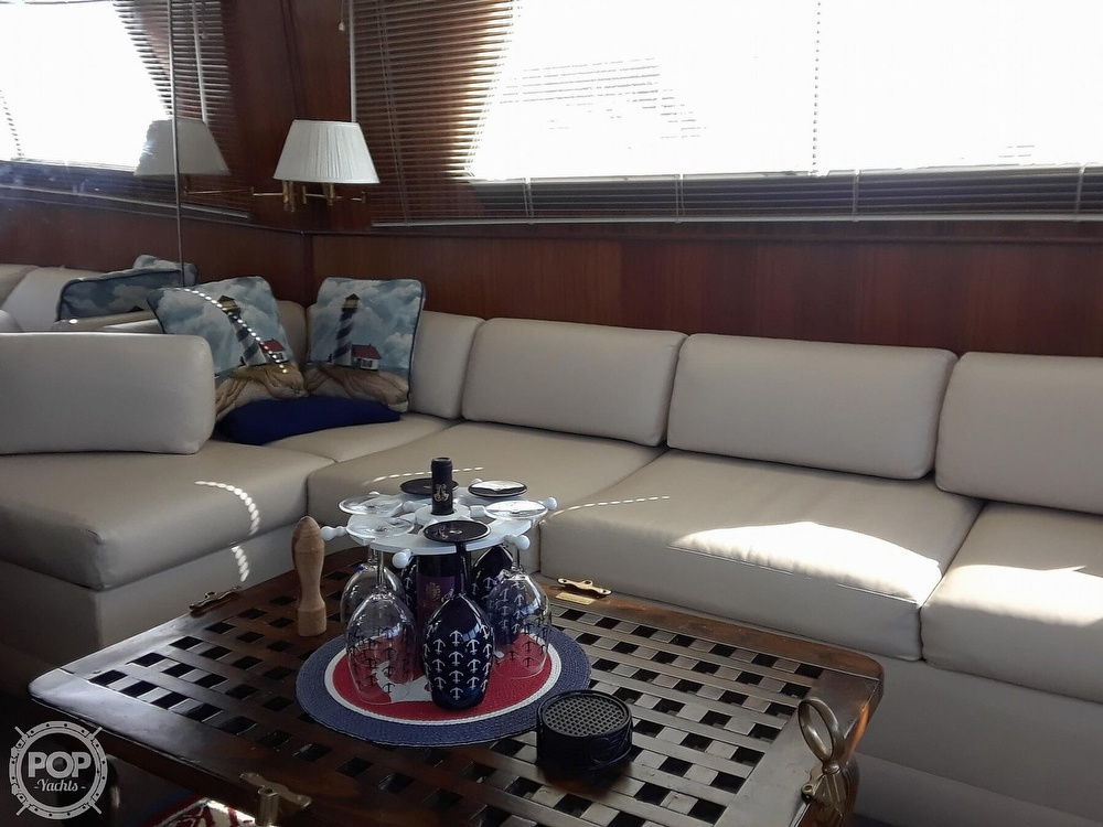 1988 Hatteras boat for sale, model of the boat is 40 Dual Cabin Motor Yacht & Image # 23 of 40