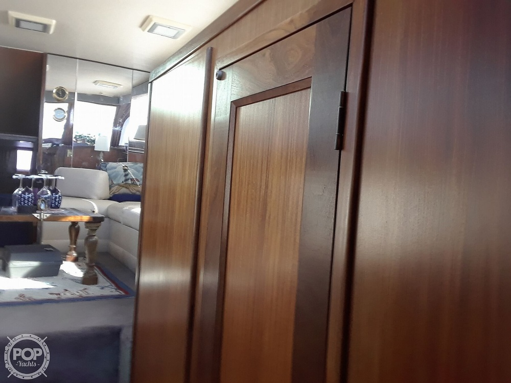 1988 Hatteras boat for sale, model of the boat is 40 Dual Cabin Motor Yacht & Image # 31 of 40