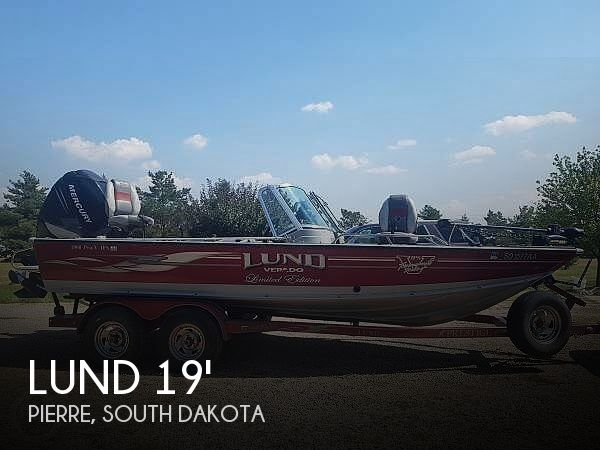 Used Boats For Sale in South Dakota by owner | 2006 19 foot Lund Pro v IPS Tournament Series