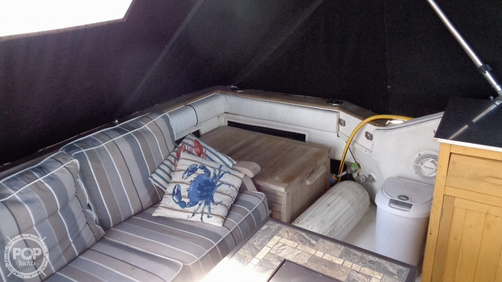 1987 Sea Ray boat for sale, model of the boat is 390 Express Cruiser & Image # 19 of 40