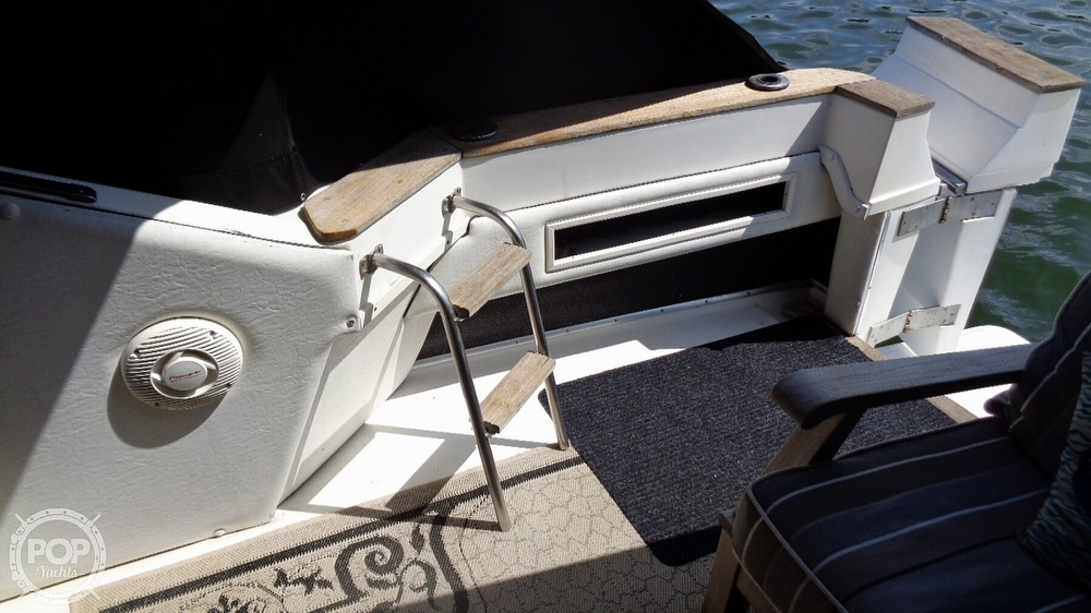 1987 Sea Ray boat for sale, model of the boat is 390 Express Cruiser & Image # 24 of 40