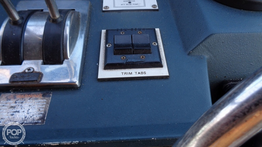 1987 Sea Ray boat for sale, model of the boat is 390 Express Cruiser & Image # 39 of 40