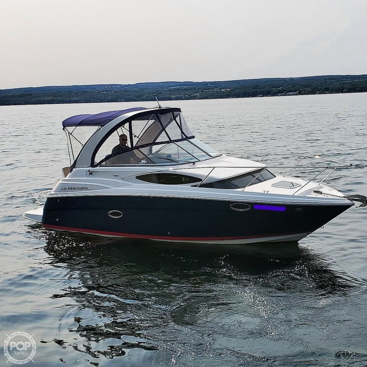 2011 Regal boat for sale, model of the boat is 2565 & Image # 9 of 40