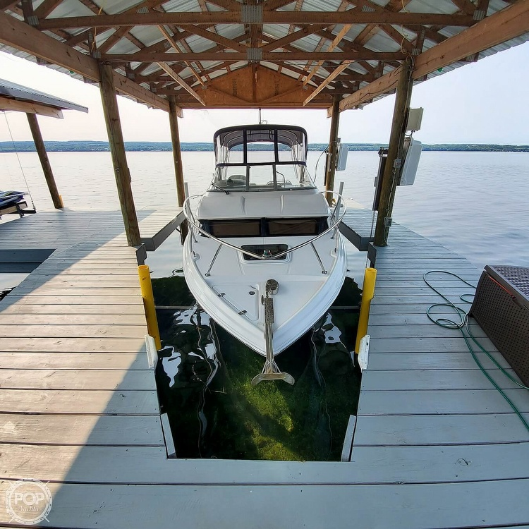 2011 Regal boat for sale, model of the boat is 2565 & Image # 13 of 40