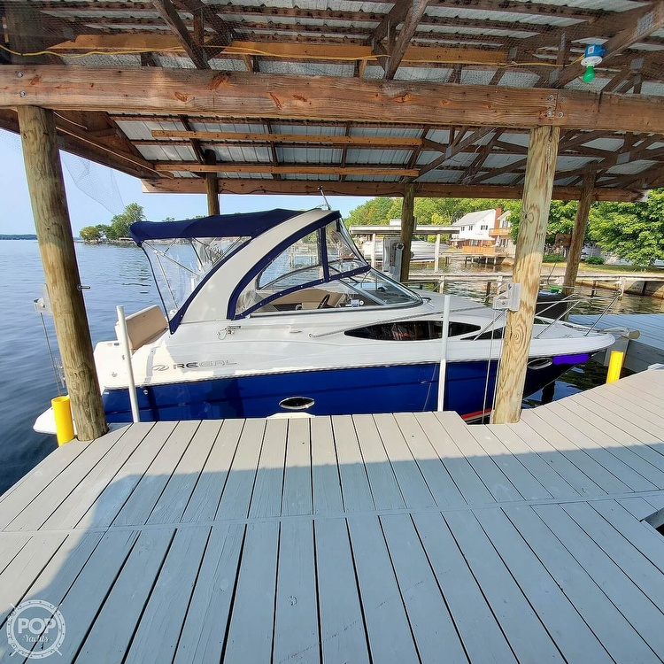 2011 Regal boat for sale, model of the boat is 2565 & Image # 15 of 40