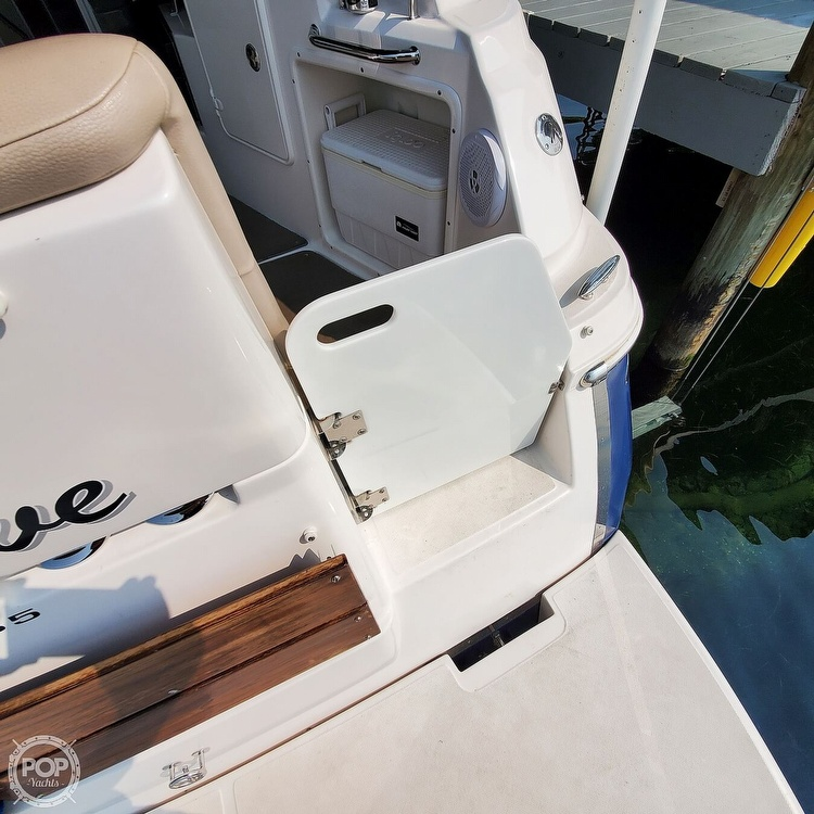 2011 Regal boat for sale, model of the boat is 2565 & Image # 20 of 40