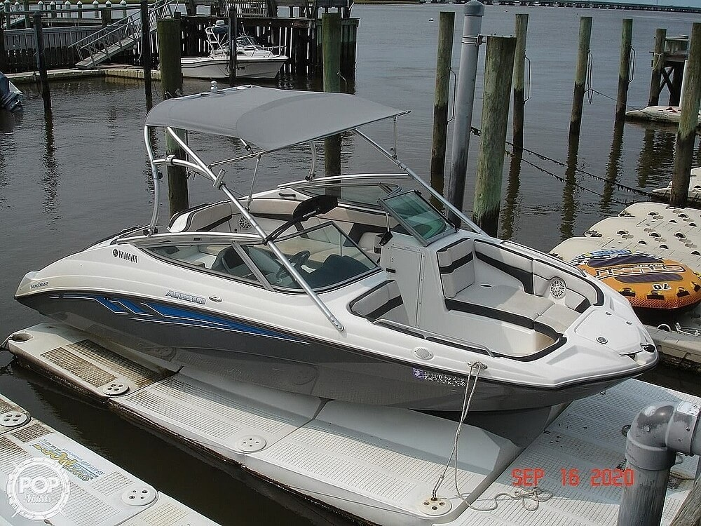 2015 Yamaha boat for sale, model of the boat is 210 AR & Image # 3 of 41