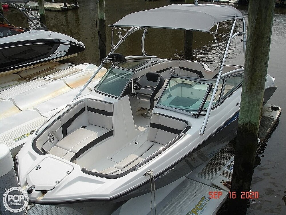2015 Yamaha boat for sale, model of the boat is 210 AR & Image # 5 of 41