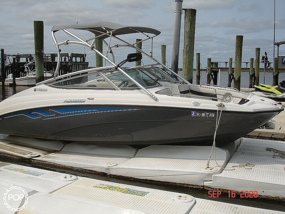 2015 Yamaha boat for sale, model of the boat is 210 AR & Image # 2 of 41