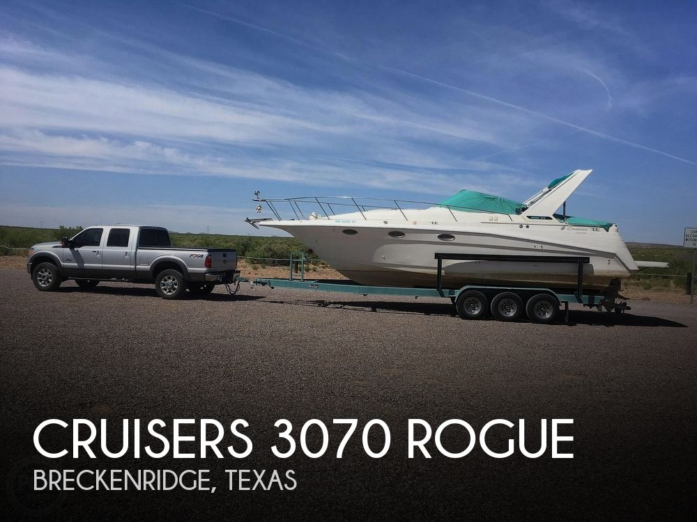 1994 Cruisers Yachts boat for sale, model of the boat is 3070 Rogue & Image # 1 of 11