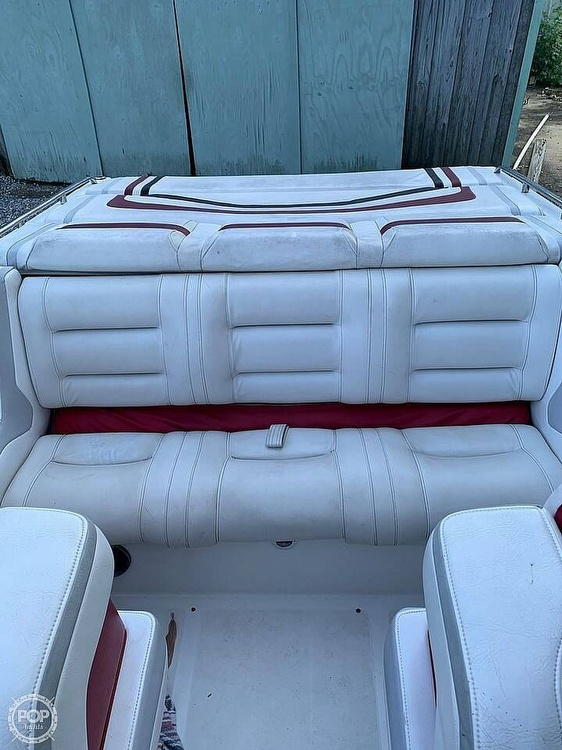 1991 Fountain boat for sale, model of the boat is 27 & Image # 3 of 7