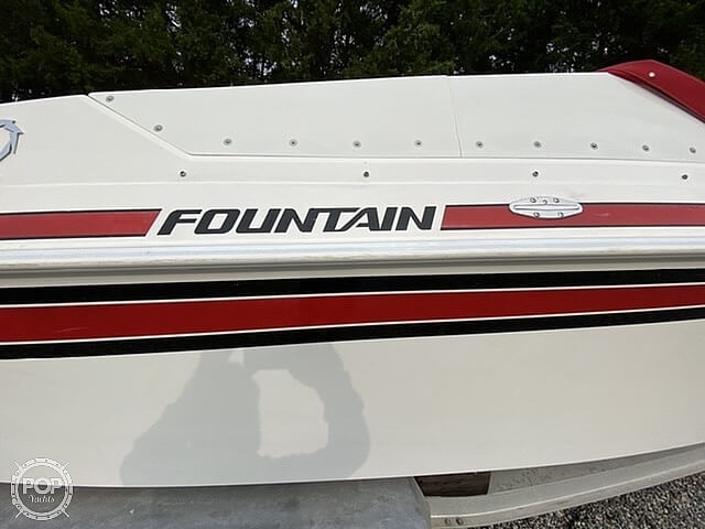 1991 Fountain boat for sale, model of the boat is 27 Fever & Image # 14 of 40