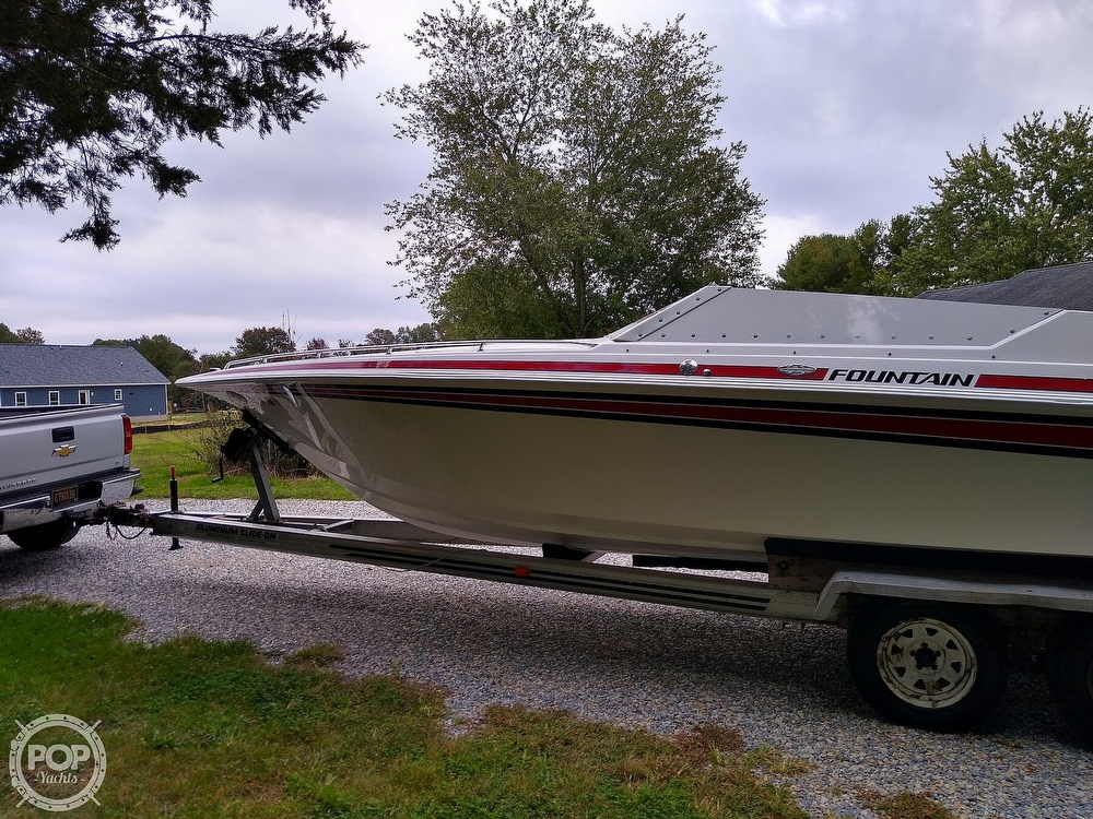 1991 Fountain boat for sale, model of the boat is 27 Fever & Image # 11 of 40