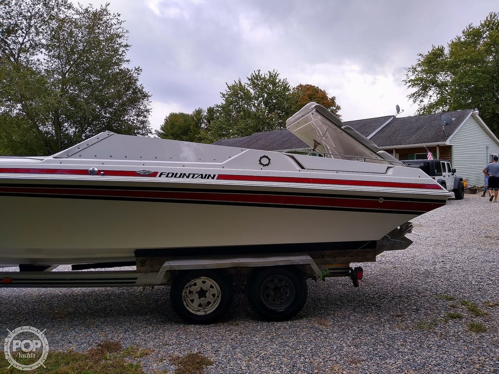 1991 Fountain boat for sale, model of the boat is 27 Fever & Image # 10 of 40