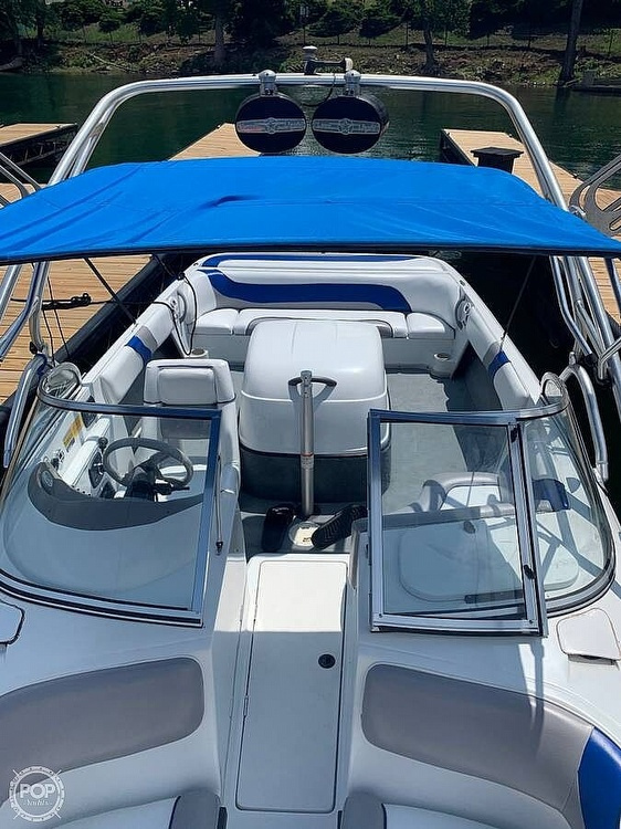 2001 Moomba boat for sale, model of the boat is Outback LS & Image # 3 of 40