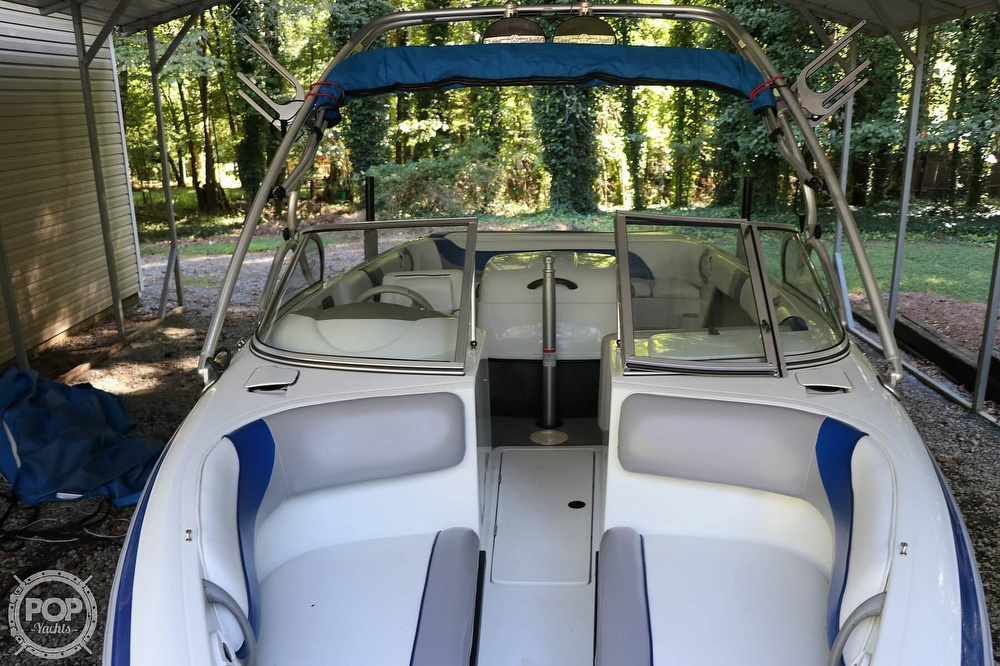 2001 Moomba boat for sale, model of the boat is Outback LS & Image # 23 of 40