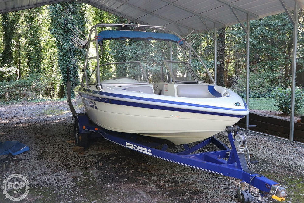 2001 Moomba boat for sale, model of the boat is Outback LS & Image # 5 of 40