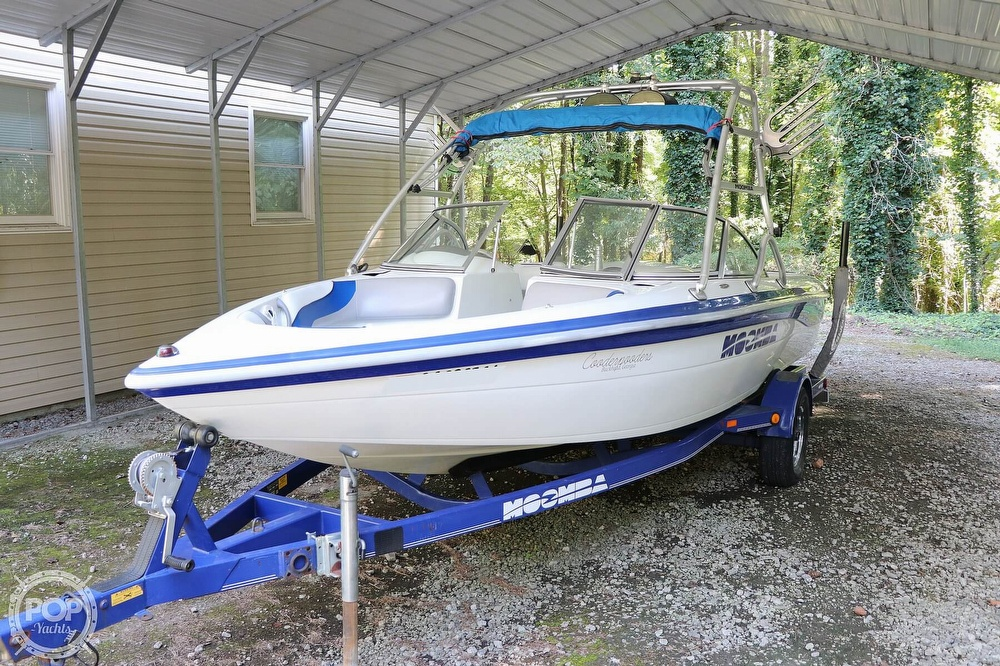 2001 Moomba boat for sale, model of the boat is Outback LS & Image # 6 of 40
