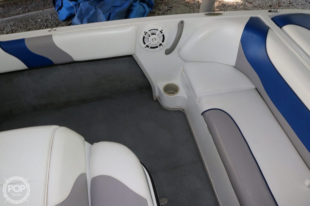2001 Moomba boat for sale, model of the boat is Outback LS & Image # 30 of 40