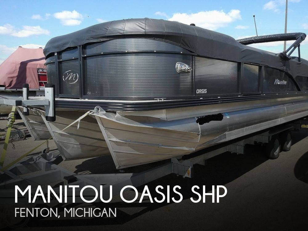 2018 Manitou boat for sale, model of the boat is Oasis SHP & Image # 1 of 25