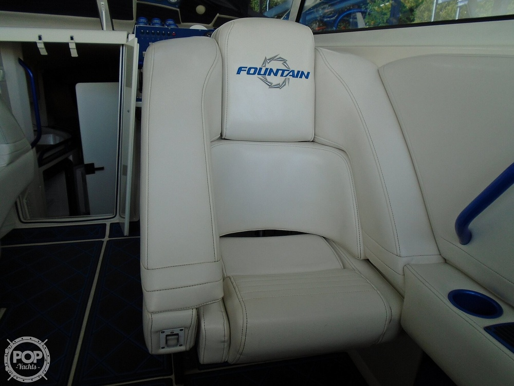 2006 Fountain boat for sale, model of the boat is 47 & Image # 34 of 41