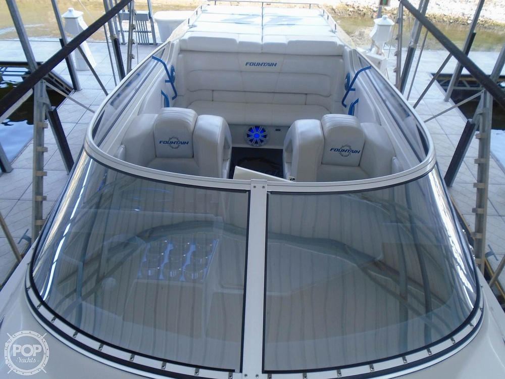 2006 Fountain boat for sale, model of the boat is 47 & Image # 5 of 41