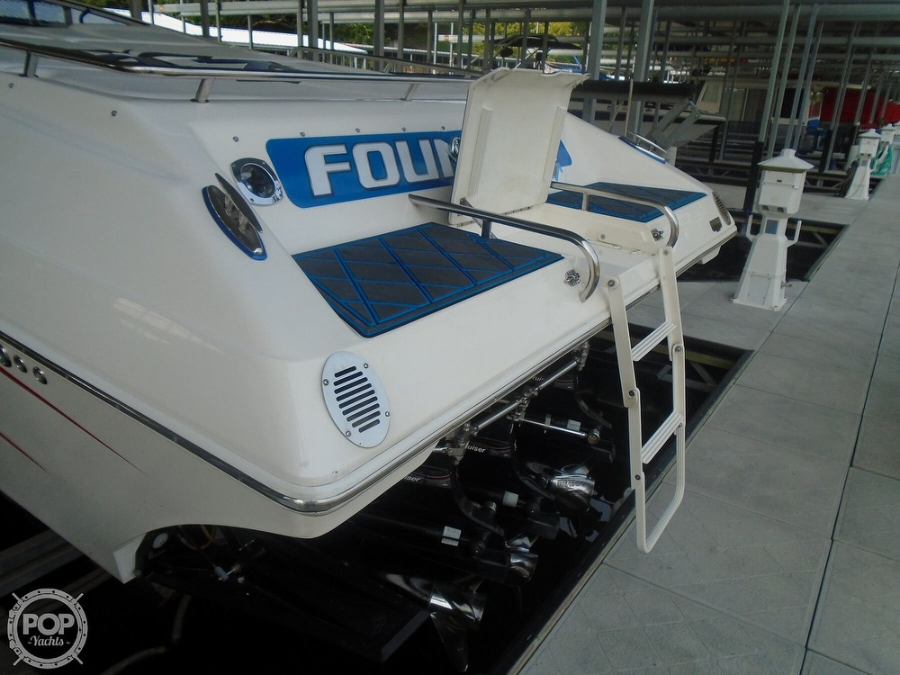 2006 Fountain boat for sale, model of the boat is 47 & Image # 27 of 41