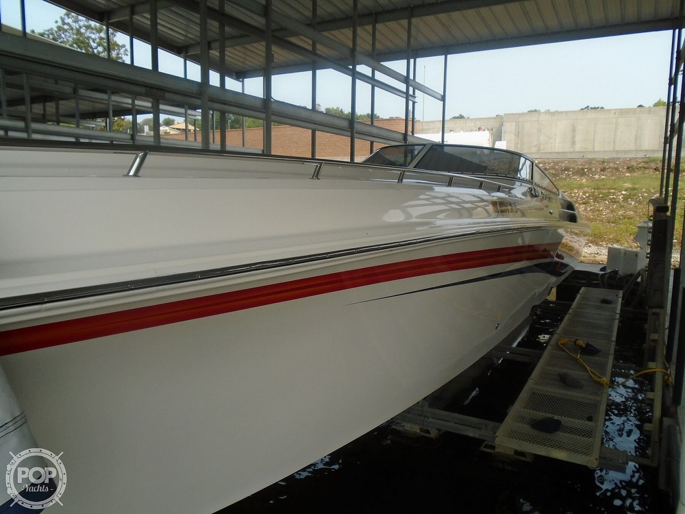 2006 Fountain boat for sale, model of the boat is 47 & Image # 10 of 41