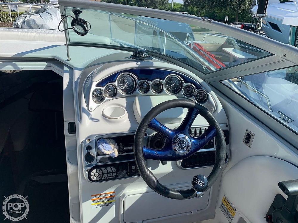 2005 Crownline boat for sale, model of the boat is 250 cr & Image # 25 of 40