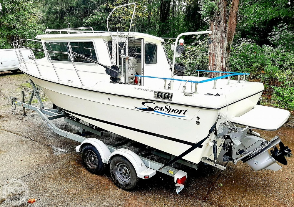 2009 Seasport boat for sale, model of the boat is 2200 Charter Series & Image # 7 of 40