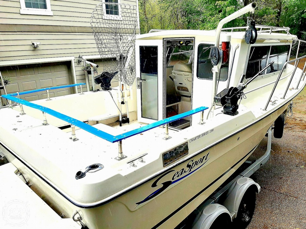 2009 Seasport boat for sale, model of the boat is 2200 Charter Series & Image # 5 of 40