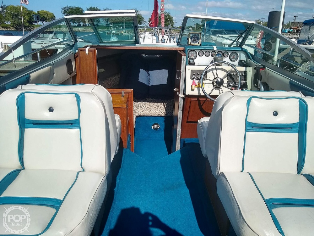 1984 Sea Ray boat for sale, model of the boat is 210 CC & Image # 8 of 40