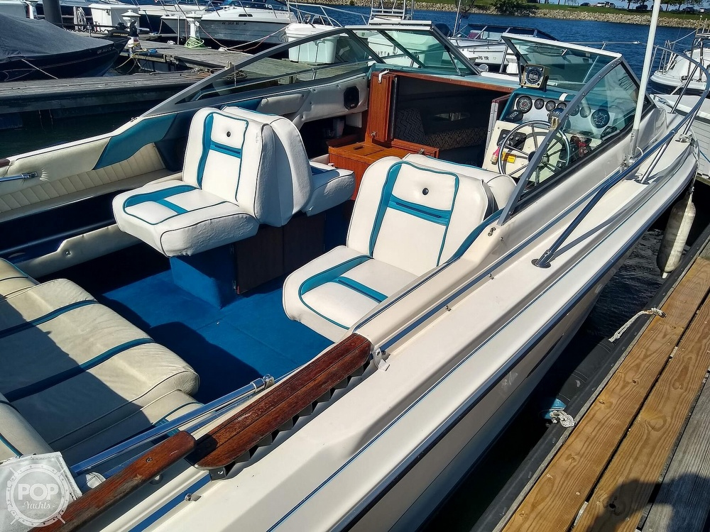 1984 Sea Ray boat for sale, model of the boat is 210 CC & Image # 5 of 40