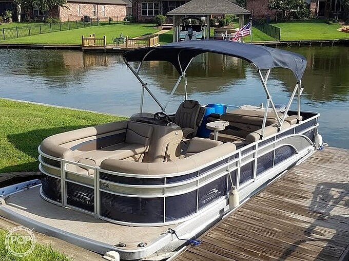 2020 Bennington boat for sale, model of the boat is 22 SX & Image # 13 of 41