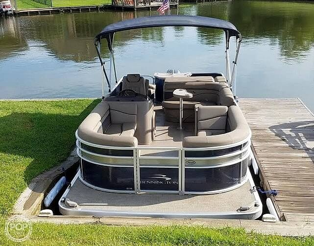 2020 Bennington boat for sale, model of the boat is 22 SX & Image # 2 of 41