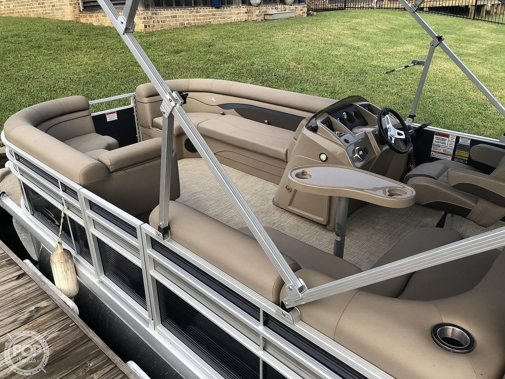 2020 Bennington boat for sale, model of the boat is 22 SX & Image # 15 of 41