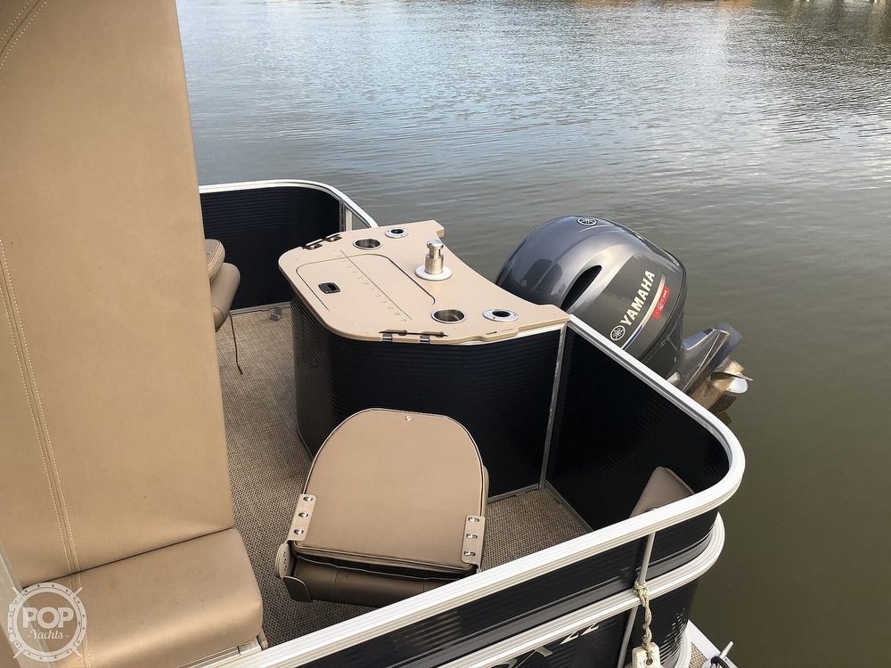 2020 Bennington boat for sale, model of the boat is 22 SX & Image # 6 of 41