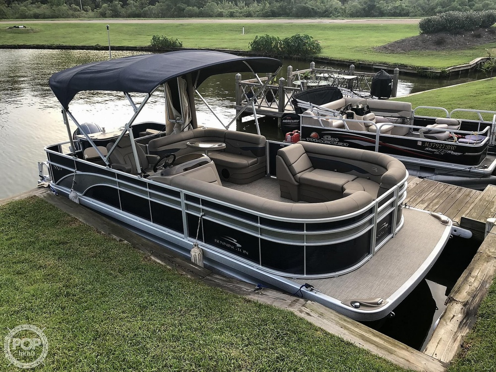 2020 Bennington boat for sale, model of the boat is 22 SX & Image # 3 of 41