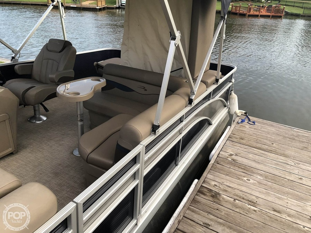 2020 Bennington boat for sale, model of the boat is 22 SX & Image # 18 of 41