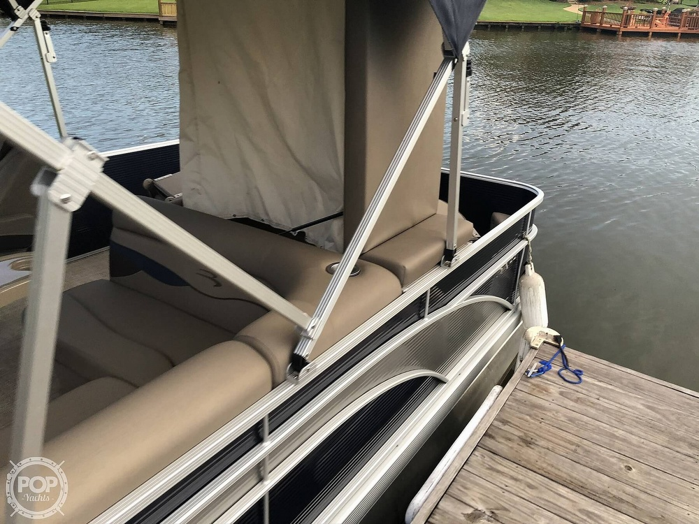 2020 Bennington boat for sale, model of the boat is 22 SX & Image # 19 of 41