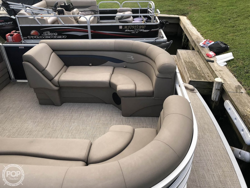 2020 Bennington boat for sale, model of the boat is 22 SX & Image # 26 of 41