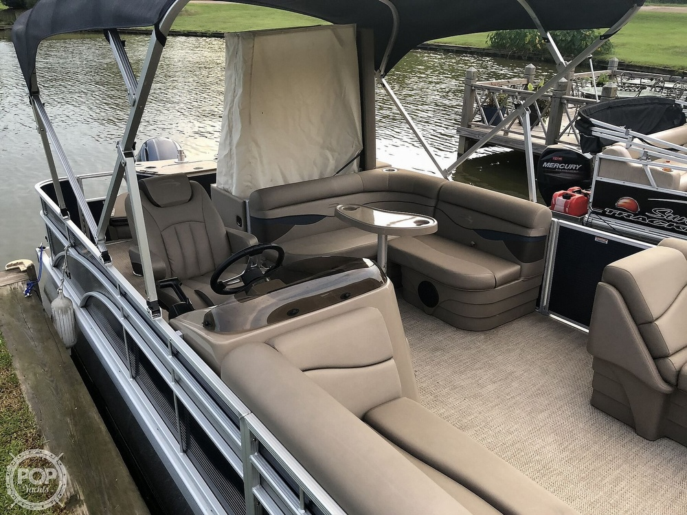 2020 Bennington boat for sale, model of the boat is 22 SX & Image # 11 of 41