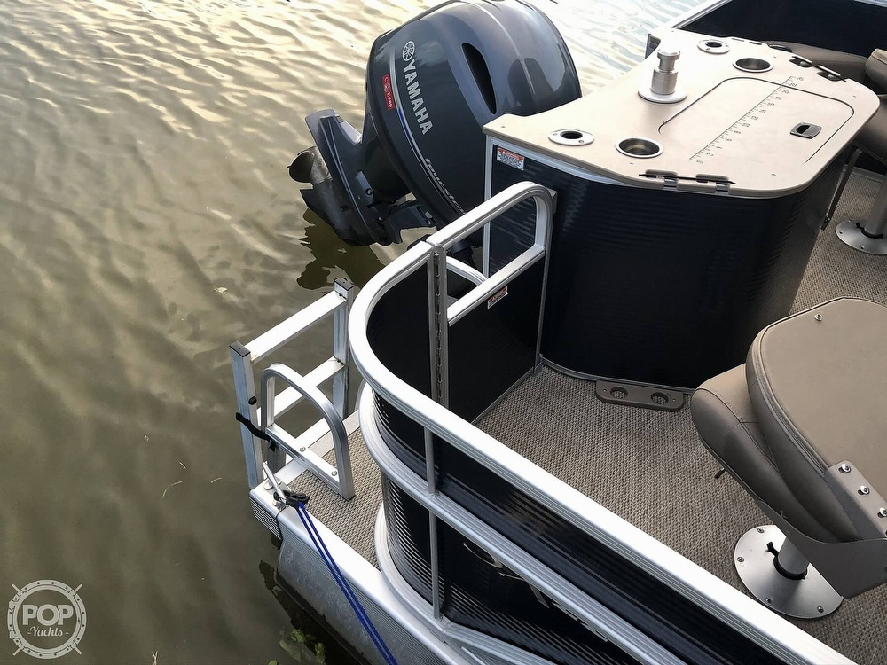 2020 Bennington boat for sale, model of the boat is 22 SX & Image # 30 of 41