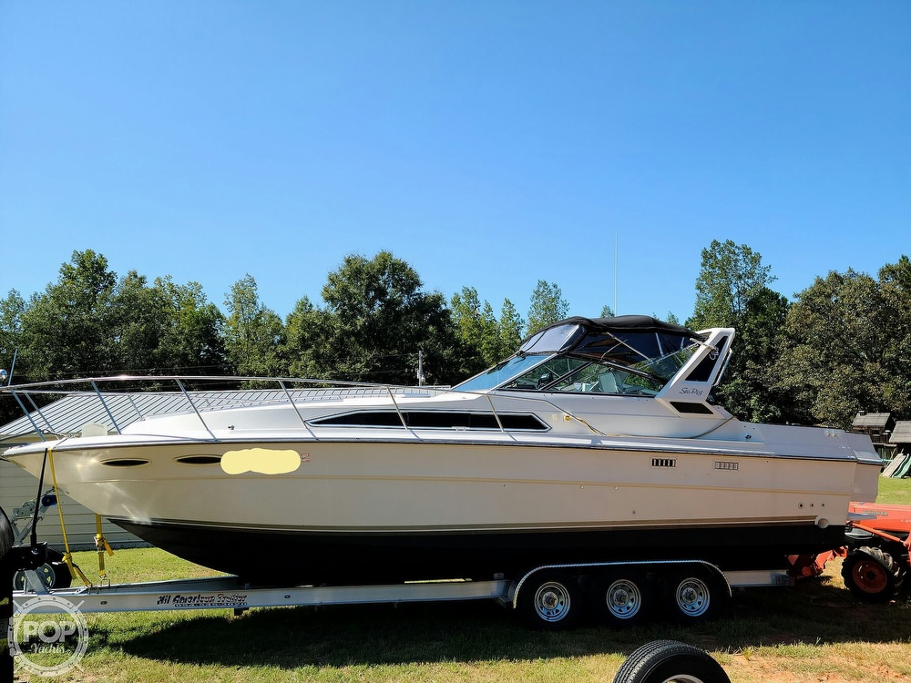 1986 Sea Ray boat for sale, model of the boat is 340 Sundancer & Image # 11 of 40